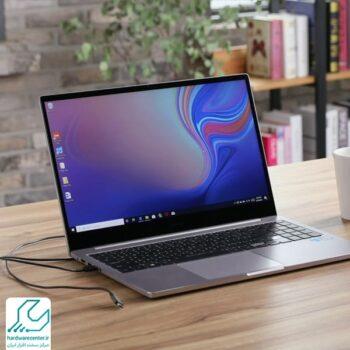 آیا اتصال دائم لپ تاپ به برق مشکل ساز می شود؟